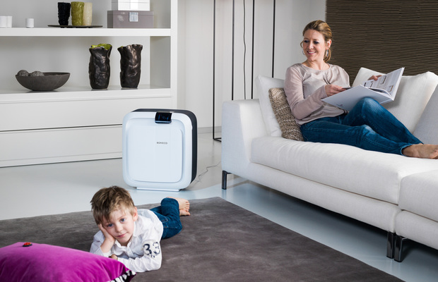 H680 HYBRID Humidifier and Purifier BONECO Livingroom Child